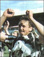 (c) www.DAFC.net Photographs can be requested from photos@dafc.net  Norrie McCathie 1988  (norriewin.jpg)